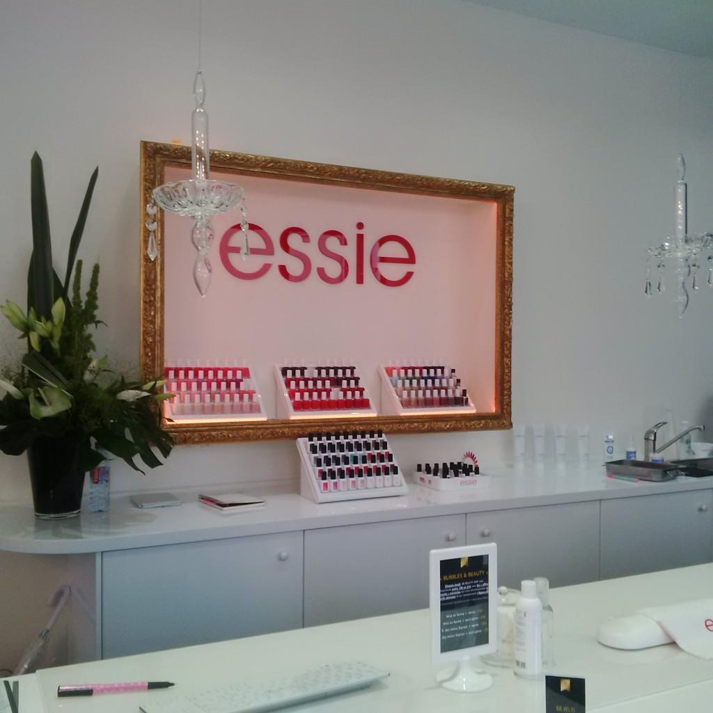 Essie Pro